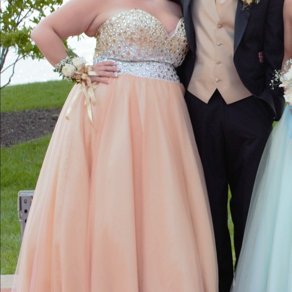 Plus size peach Prom Dress